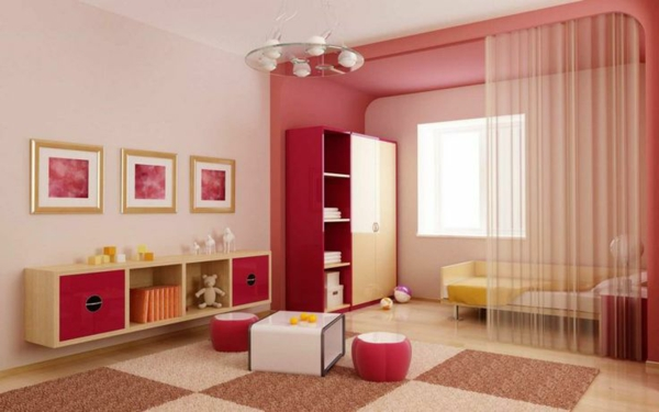 kinderzimmergestaltung quadrat teppich rosa hocker gardine trennwand