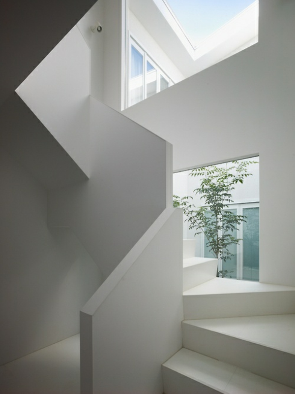 101 moderne treppen erscheinen als blickfang in ihrer wohnung. Black Bedroom Furniture Sets. Home Design Ideas