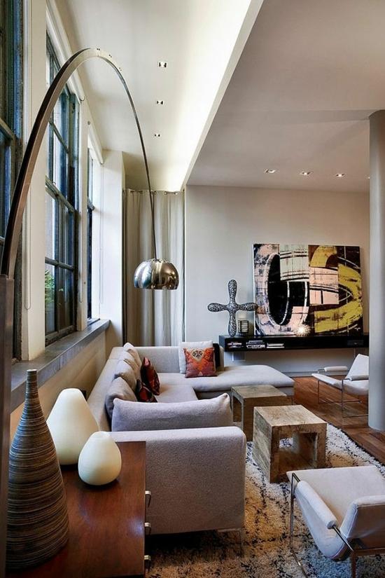 modern wohnzimmer gestalten bodenlampe designer möbel kunstwerk wanddeko