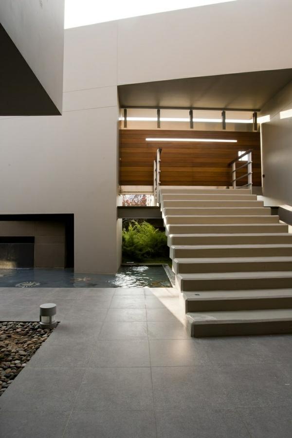 pin moderne treppen gestalten wei e w nde beleuchtung on. Black Bedroom Furniture Sets. Home Design Ideas