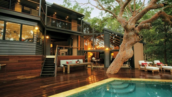moderne terrasse gestalten lichterkette pool pictures sonta berry. Black Bedroom Furniture Sets. Home Design Ideas