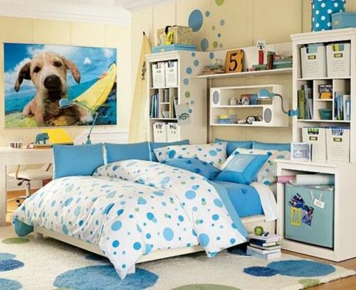 modernes jugendzimmer einrichten jungenzimmer blau bettwäsche teppich stauraum