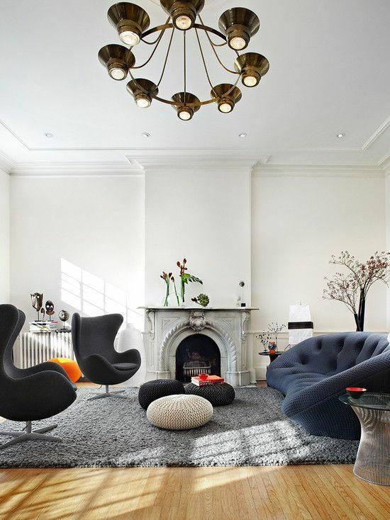 modernes wohnzimmer gestalten designer möbel eisessel kamin sitzkissen