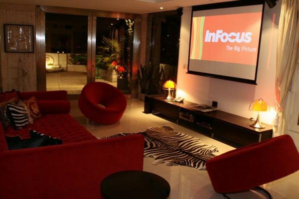 Wohnzimmer Ideen Rote Couch Inspirierende