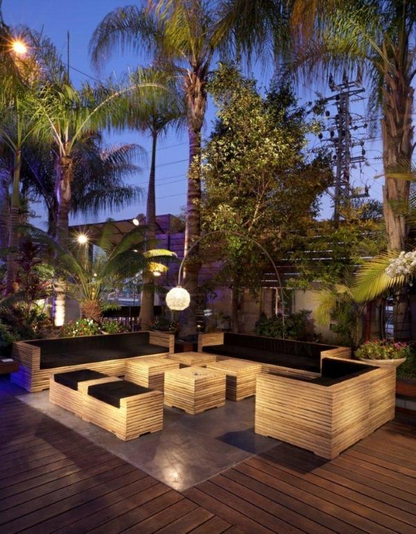 nachtgarten gartenmöbel holz stehlampe modern