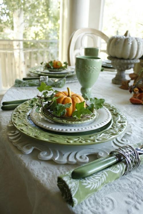 olivgrün farben porzellan geschirr tischdeko herbst kürbisse