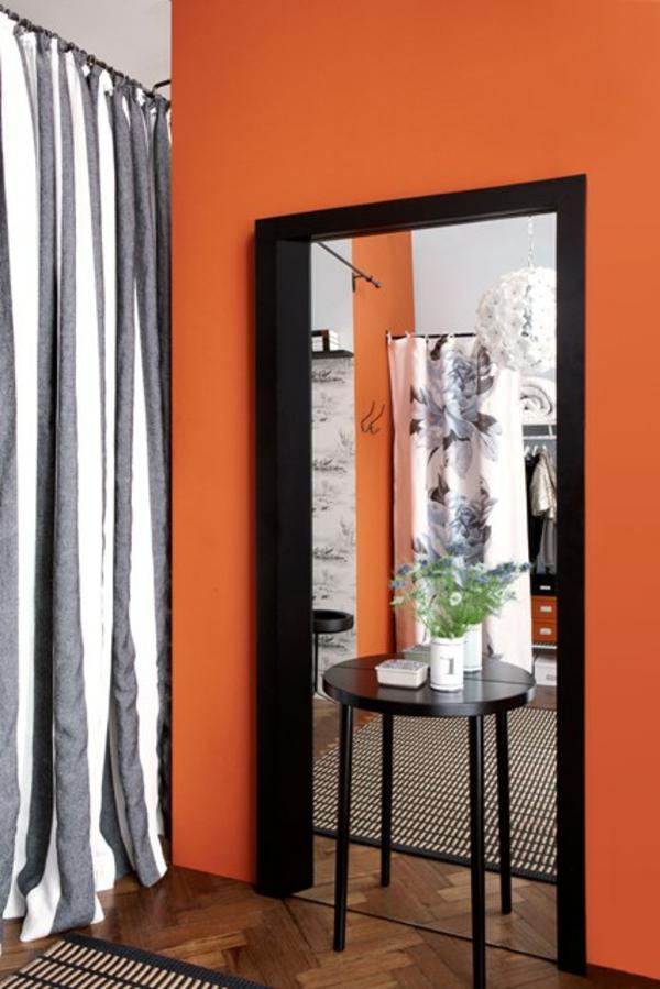 Orange Farbgestaltung Schwarz Tisch Deko