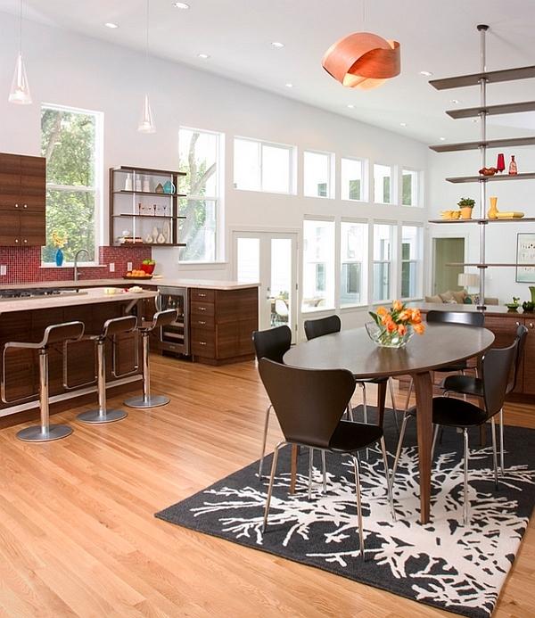 pendelleuchte wohnideen tisch teppich kücheninsel regale