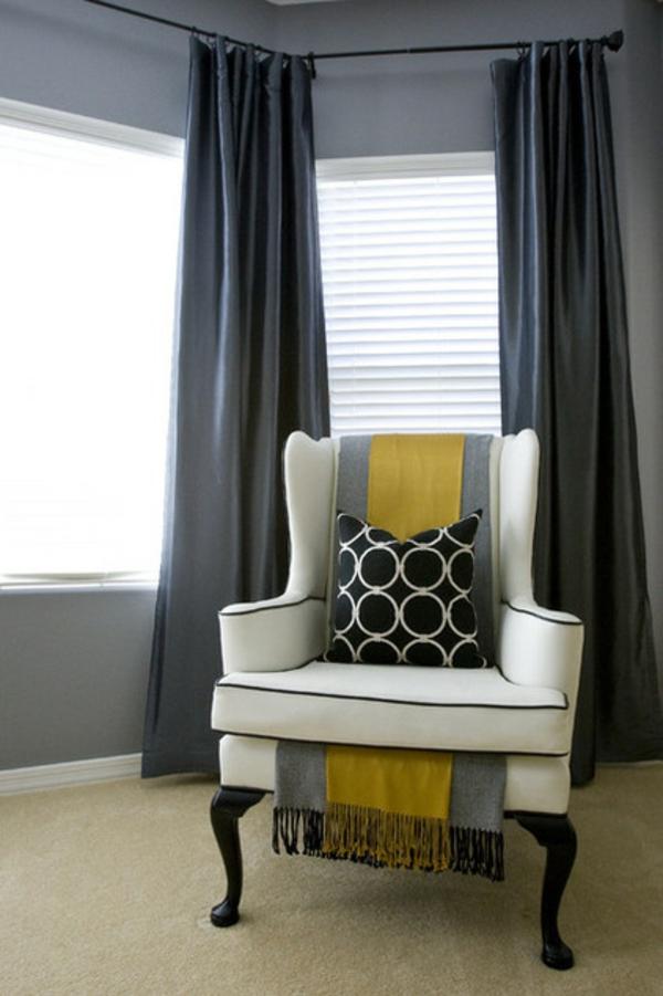 polstersessel weiß dekokissen wohnung einrichten ideen wohnzimmer gestalten