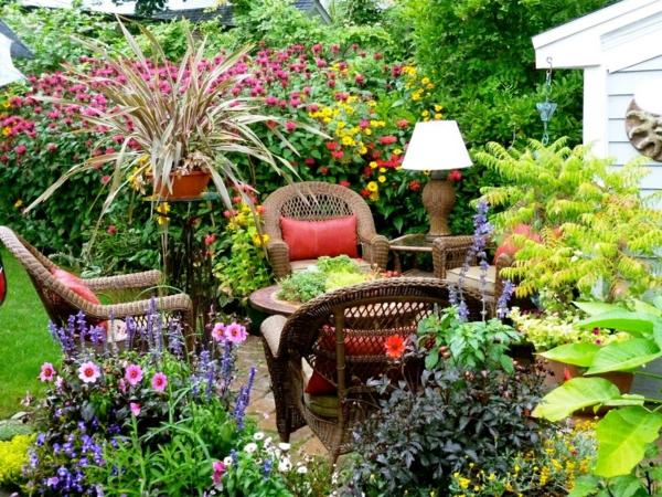 reattan sessel gartenmöbel sommerblumen pflanzen gartenideen