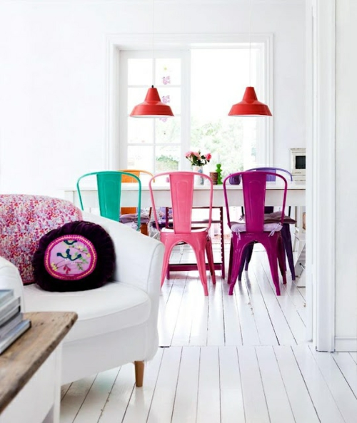 Retro Wohnzimmergestaltung Ideen Grelle Farben Farbgestaltung Pop Art Inspiration