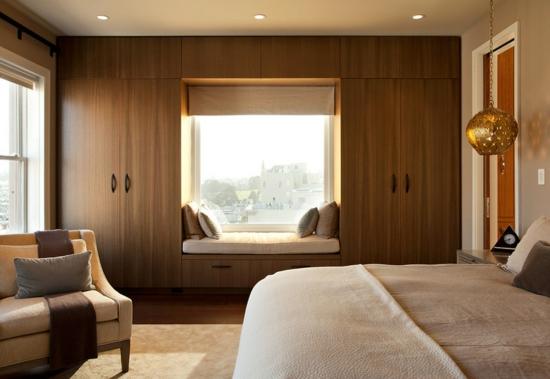 romantisches-schlafzimmer-bett-fensterbrett-fensterbank-innen-einbauen-entspannungsecke-blick