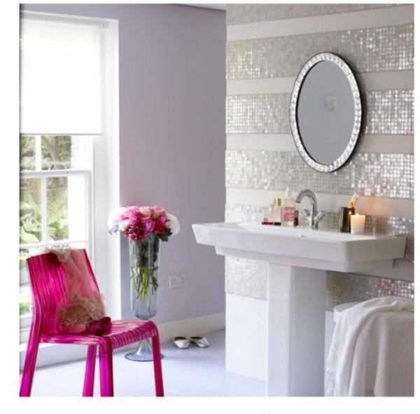 Schein Badezimmer Fliesen Möbel Stuhl Rosa Wandspiegel