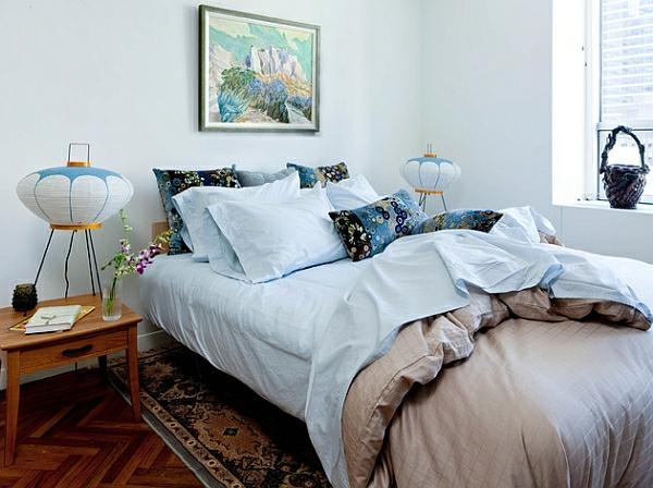 schlafzimmer perserteppich blasse farben moderne tischlampen