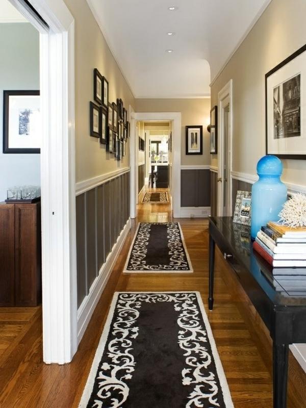 schwarzweiße teppiche im korridor wohnideen