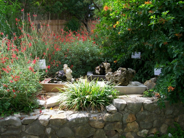Moderner garten mit steinen  50 moderne Gartengestaltung Ideen