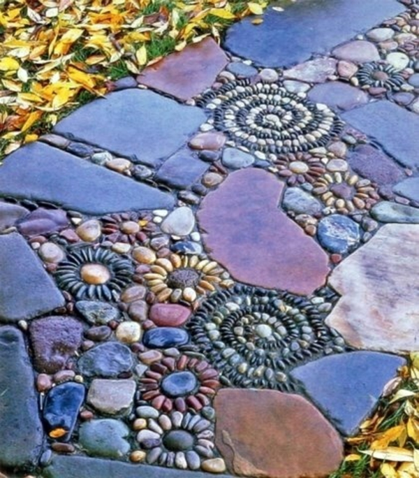 steinpfad gartendeko kunstwerk