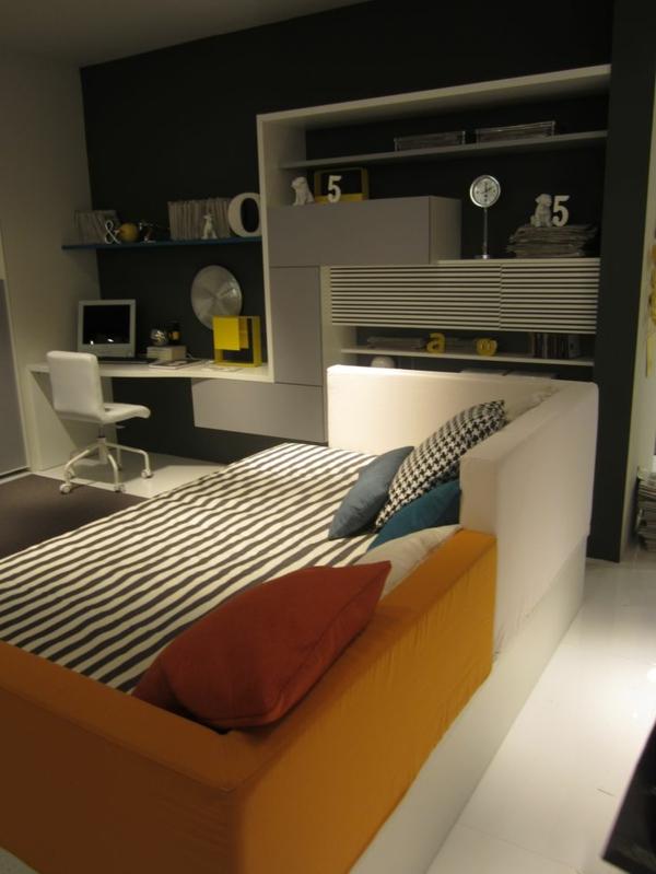 teenager zimmer design ideen sofa dekokissen