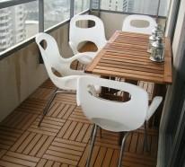 Holzfliesen verlegen – Holzboden auf dem Balkon