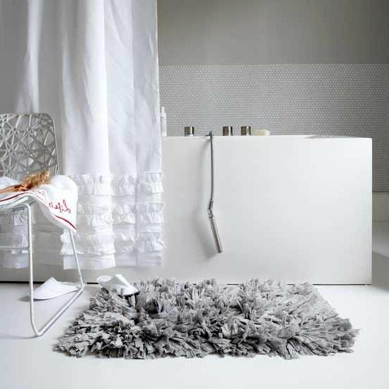 textilien grau fußmatte weich badewanne