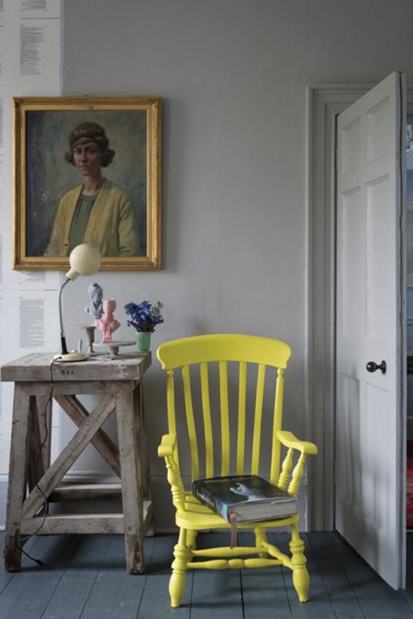 tisch holz alt flur gelb stuhl wohnideen vintage