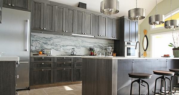 küchen schrank grau marmor küchenrückwand