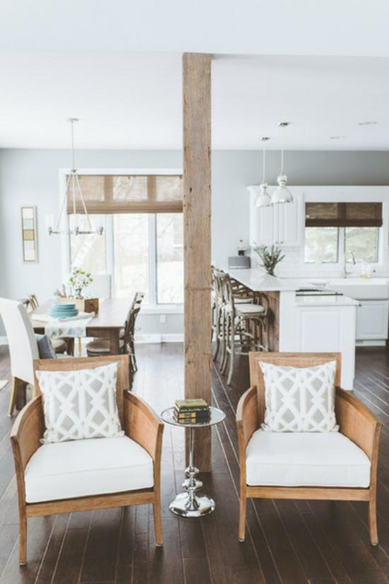 Wohnzimmer Gestalten Essbereich Sessel Holzbalke Rustikale Wohnideen