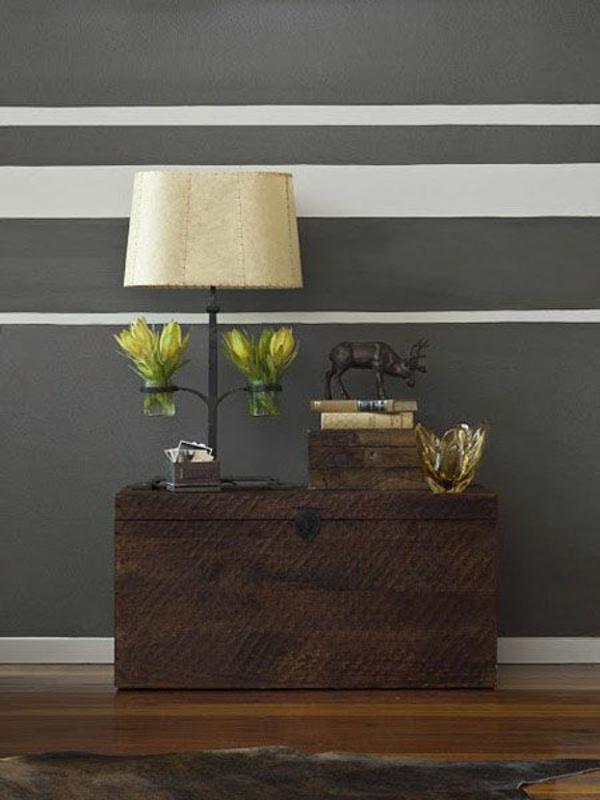 Attraktiv Wandgestaltung Wohnzimmer Streifen Grau:Horizontal Paint Stripes On ..