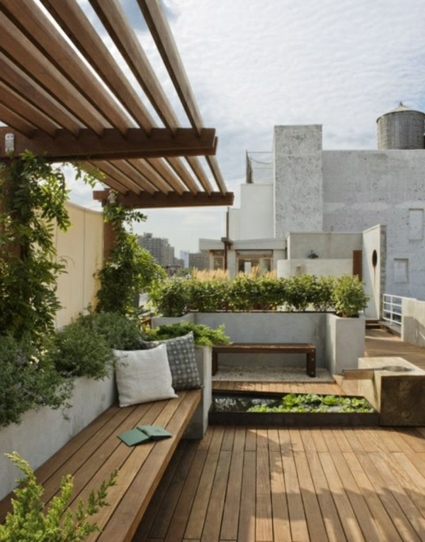 Überdachte Terrasse modern holz glas pergola markise bodenbelag