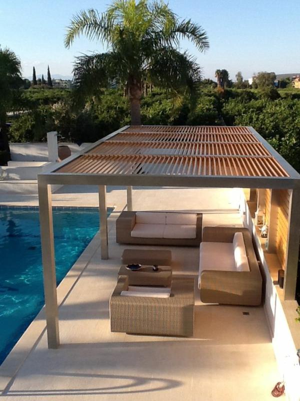 Berdachte terrasse 50 top ideen f r terrassen berdachung for Pergolas para piscinas