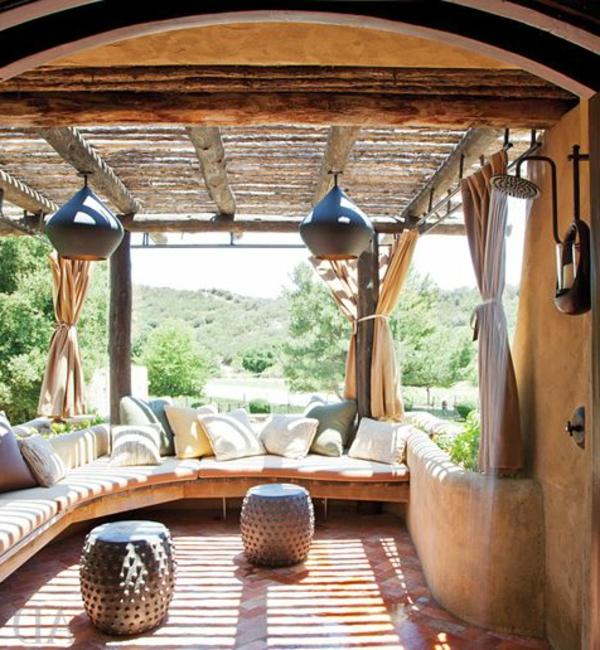Terrassenüberdachung modern holz glas pergola markise interessant