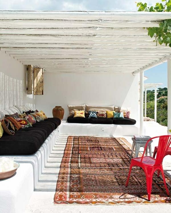Terrassenüberdachung modern holz glas pergola markise komfortabel