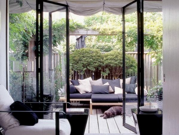 Terrassenüberdachung modern holz glas pergola markise umgebung