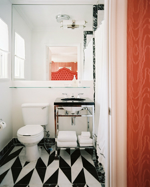 Badezimmer Regale wandgestaltung wc waschbecken unterschrank