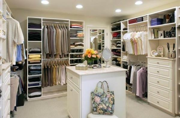 Begehbarer Kleiderschrank planen zubehör damen