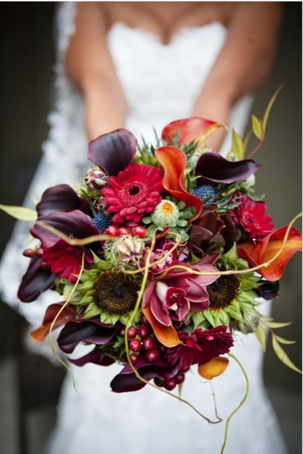 Brautstrauß Ideen Herbst rot grün sonnenblumen