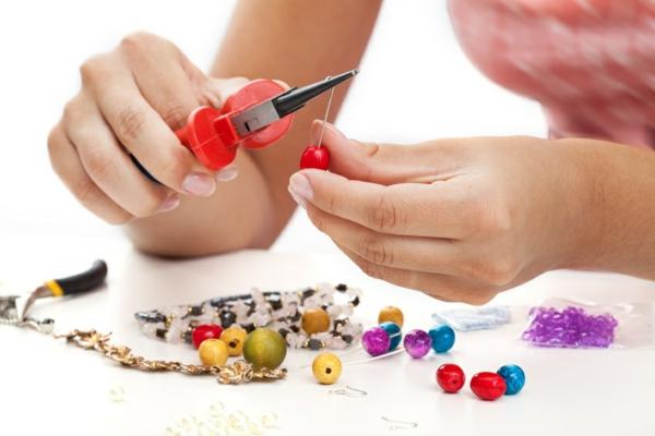DIY Perlenstränge Bastelideen für Erwachsene
