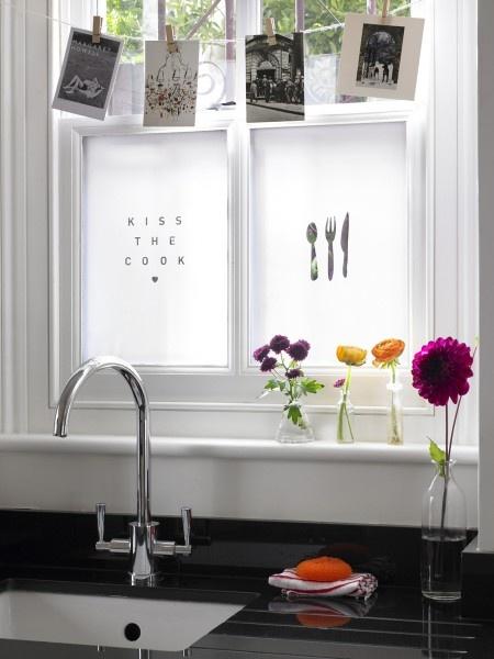 Fensterdeko Sichtschutzfolie glastüren selbstklebend elegant spüle