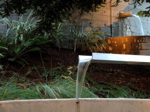 Gartendeko aus Metall und Rost industriell landschaft traditionell