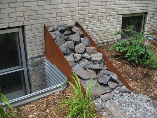 Gartendeko aus metall und rost industrieller charakter for Gartengestaltung metall rost