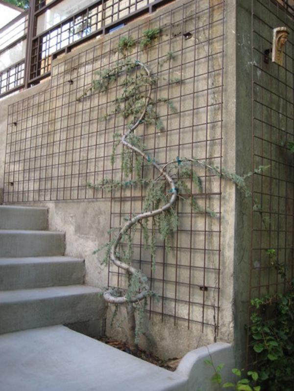 Gartendeko aus Metall und Rost traditionell landschaft