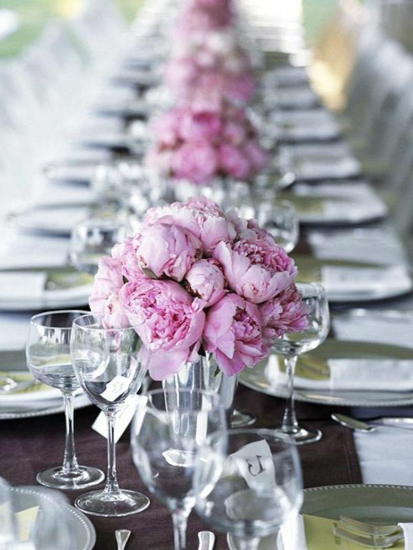 Tischdeko frühlingsblumen hochzeit  Hochzeitstisch Deko - 30 trendy Ideen für mehr Glanz und Reiz