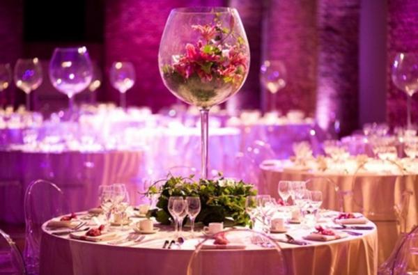 Hochzeitstisch blumen beleuchtung hochglanz nett