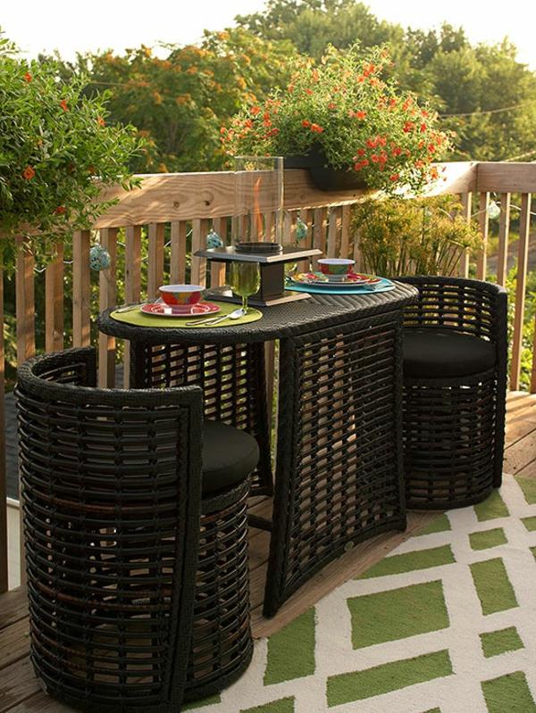 Kleine Dachterrasse gestalten tisch stühle