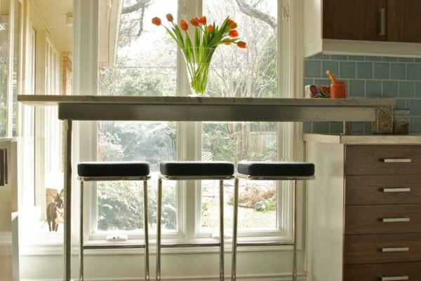 Kleine Küchen Ideen Und Lösungen Für Niedrige Fensterbänke, Wohnzimmer  Design