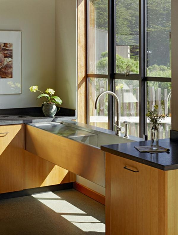 Kleine Küchen Ideen niedrige fensterbänke waschbeken