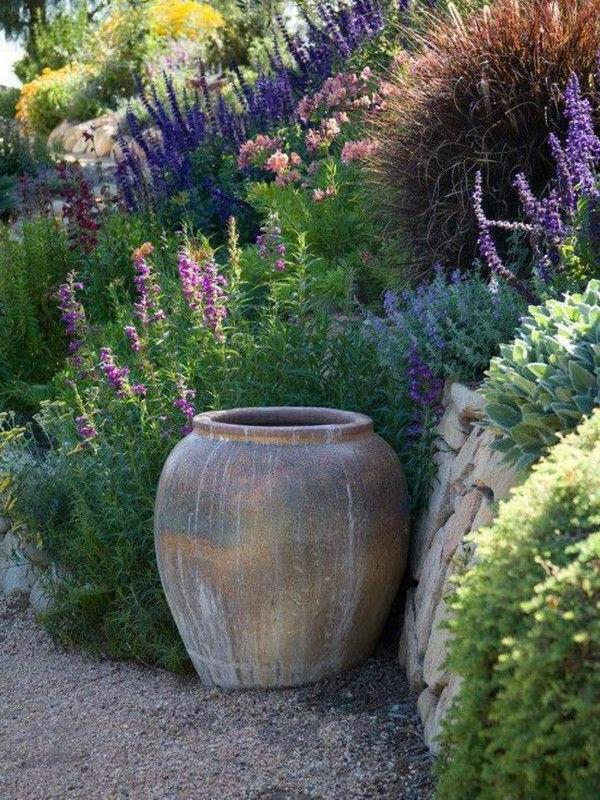 ton gefäße gartendeko Mediterrane Gartengestaltung
