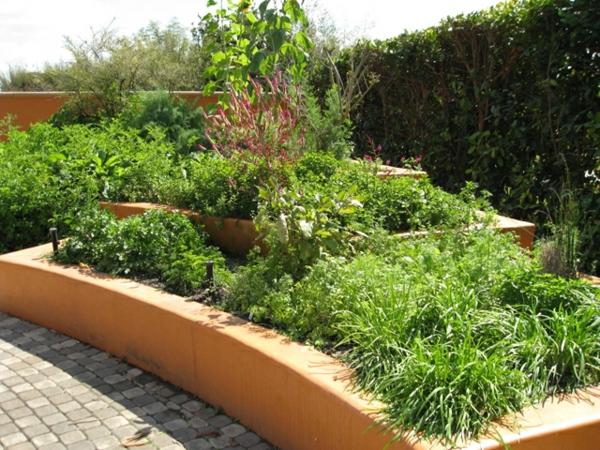 Mediterrane Gartengestaltung wasseranlagen beton rahmen
