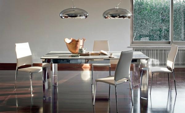 Moderne Esstische mit Stühlen hängelampen