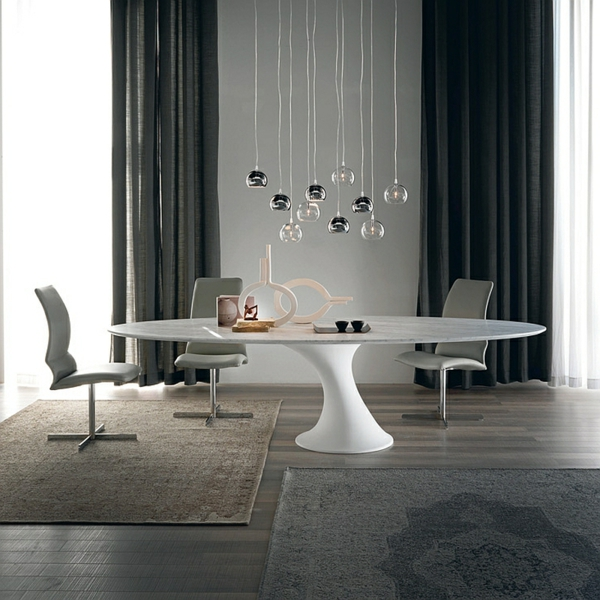 Moderne Esstische mit Stühlen pendelleuchten rund
